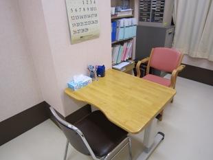 言語聴覚療法室2